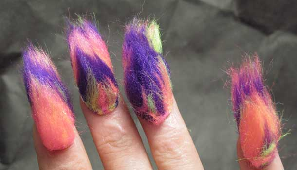furry nails trend nagels