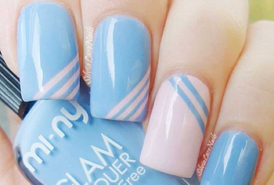strepen nagellak babyroze babyblauw nagellak trends 2016